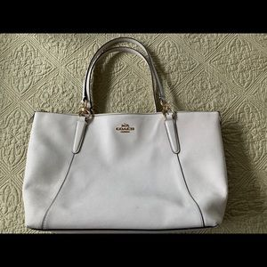 Coach white rectangular tote with zipper handbag